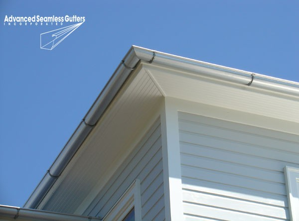 Advanced Seamless Gutters - Residential Installation Fort Myers, FL