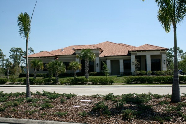 Advanced Seamless Gutters - Residential Installation Cape Coral, FL