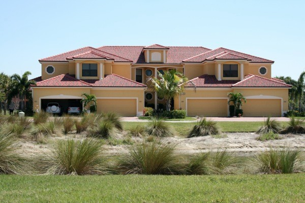 Advanced Seamless Gutters - Residential Installation Lehigh Acres, FL