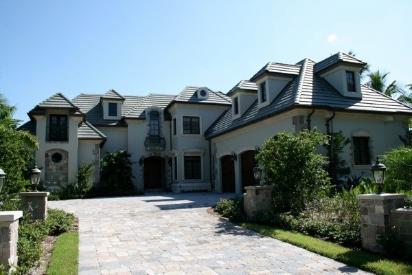 Advanced Seamless Gutters - Residential Installation Port Royal in Naples, FL