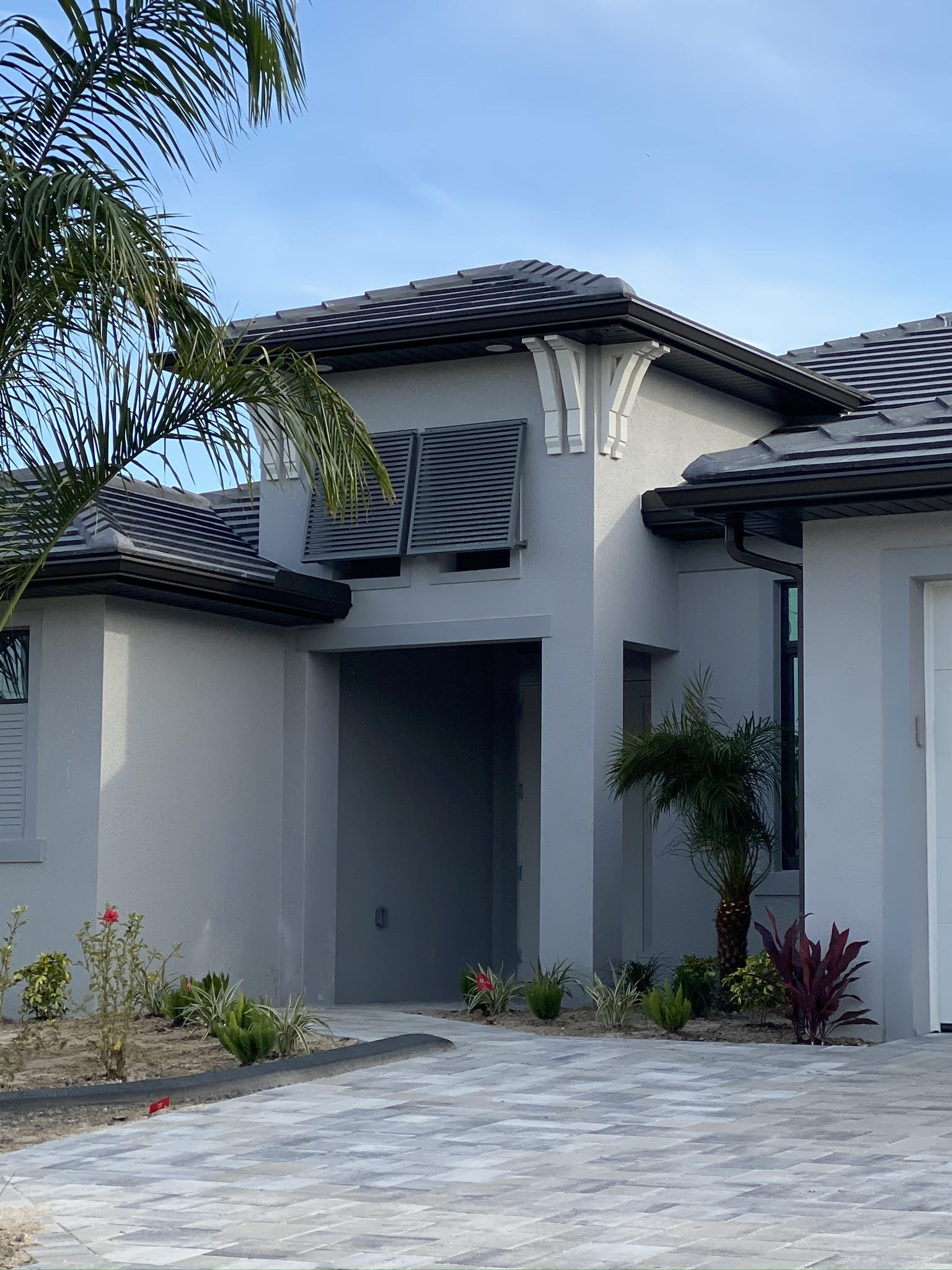 Advanced Seamless Gutters - Residential Gutter Installation Naples, FL